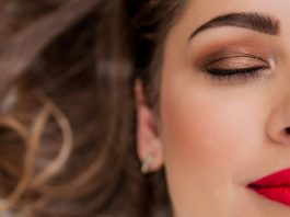 5 Quick Makeup Tips for Office Going Women